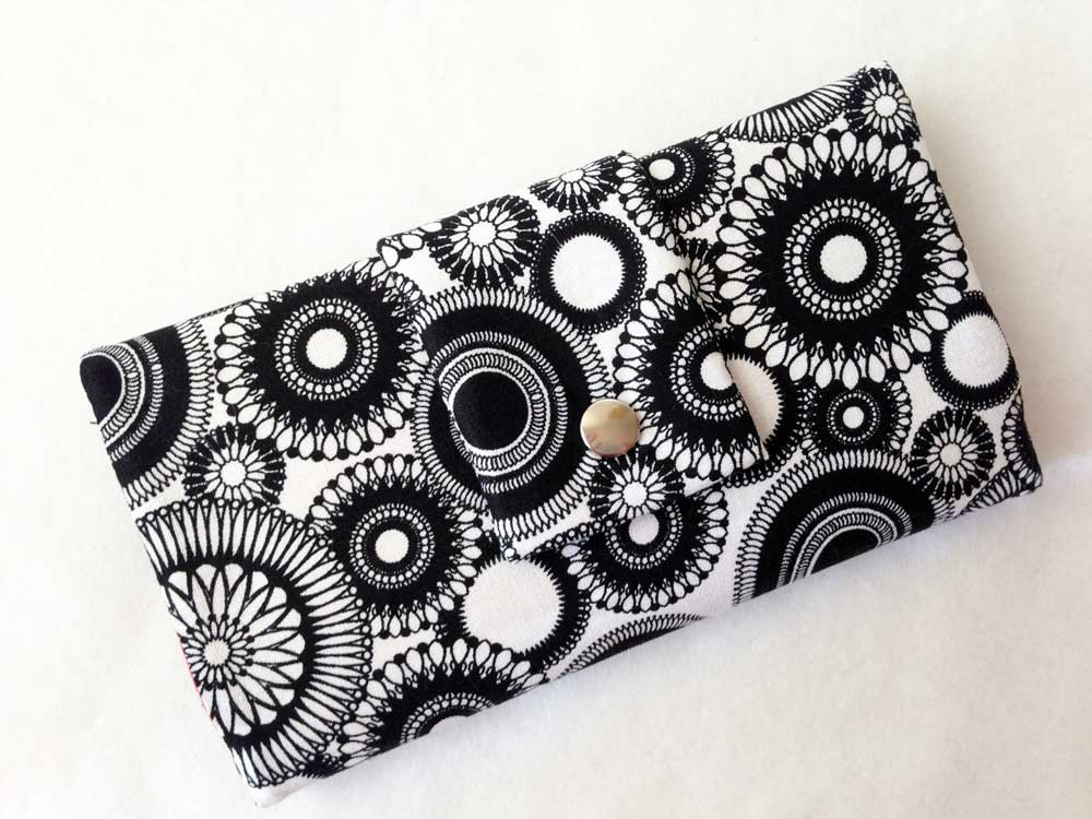 charmed Liebling black wallet